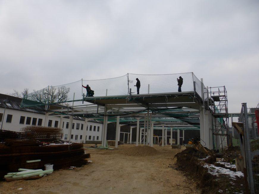 SF-Bau-Montage Trapezblech Vordach-Schlüsselfertigbau