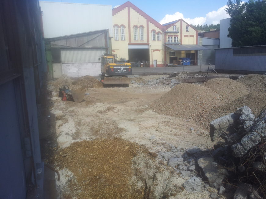 SF-Bau-Vorbereitung Baufeld-Schlüsselfertigbau