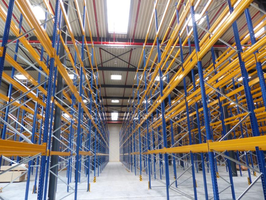 I-Bau-Innenansicht Halle-Unterensingen-Erweiterung Logistik- und Produktionshalle-Stahlbau-Komplettbau-Industriebau