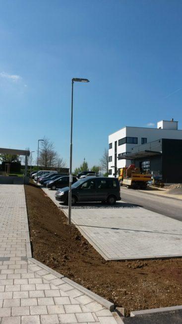 SF-Bau-Bepflanzung Außenanlage-Stauferpark Göppingen-Neubau Büro mit Halle-Stahlbau-Schlüsselfertigbau