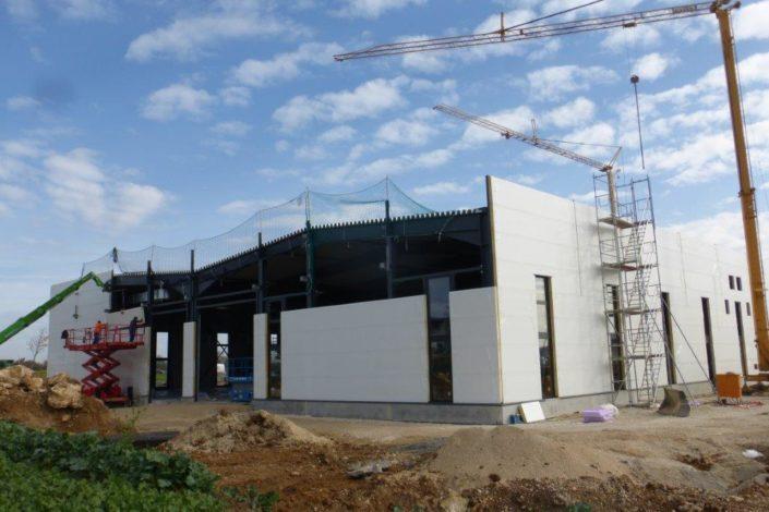 SF-Bau-Isowand-Neubau Produktionshalle mit Büro- und Sozialgebäude-Türkheim-Stahlbau-Schlüsselfertigbau