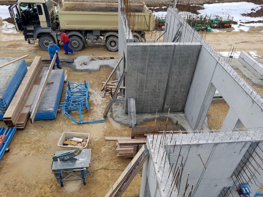 SF-Bau-Beton- und Stahlbetonarbeiten-Neubau Autohaus mit Ausstellungsraum-Böhmenkirch-Stahlbau-Schlüsselfertigbau