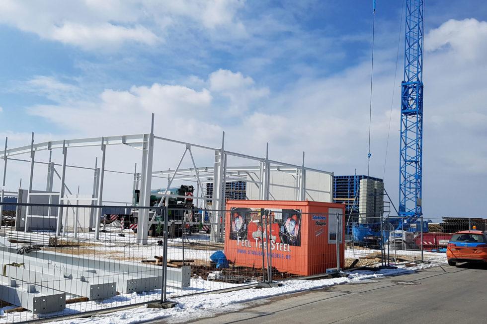 SF-Bau-Stellung Stahlbau-Neubau Autohaus mit Ausstellungsraum-Böhmenkirch-Stahlbau-Schlüsselfertigbau
