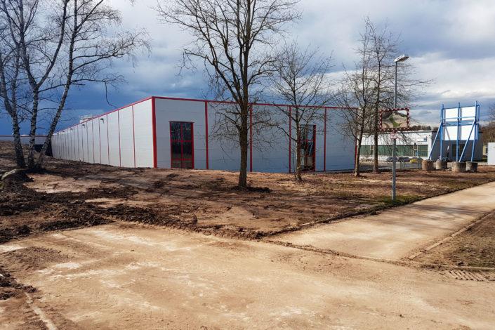 SF-Bau-Innenansicht-Außenanlagen-Neubau Lagerhalle-Mainhardt-Stahlbau-Schlüsselfertigbau
