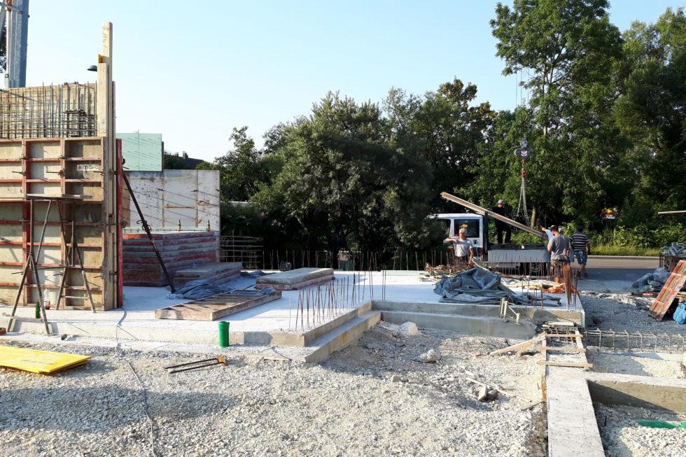 SF-Bau-Wände-Anbau Wareneingangshalle mit Sozialräumen-Eislingen-Stahlbau-Schlüsselfertigbau