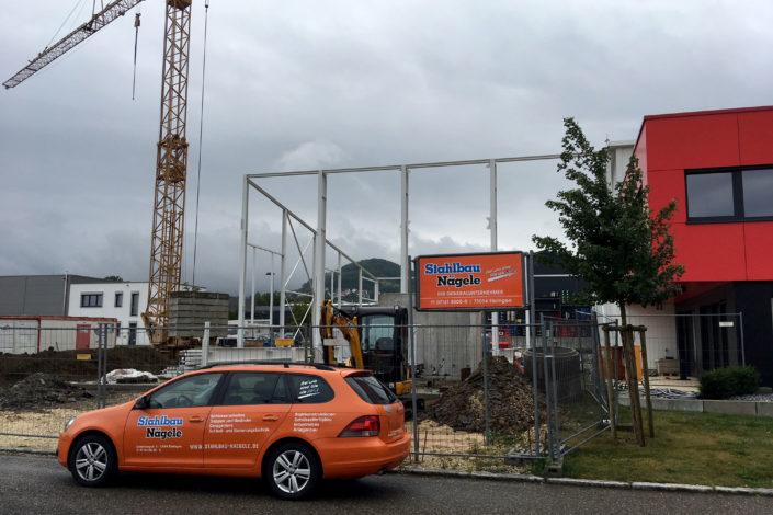 SF-Bau-Stahlbaumontage-Anbau best. Halle-Zell-Stahlbau-Schlüsselfertigbau