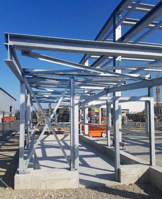 I-Bau-Stahlkonstruktion-Neubau Wareneingangshalle-Weißenhorn-Stahlbau-Komplettbau-Industriebau