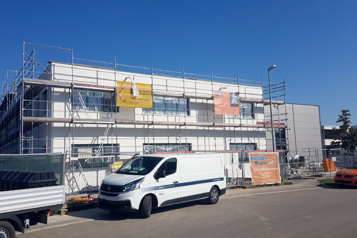SF-Bau-Ausbau Gebäudehülle-Neubau Produktionshalle mit Büro- und Sozialräumen-Kirchheim-Stahlbau-Schlüsselfertigbau