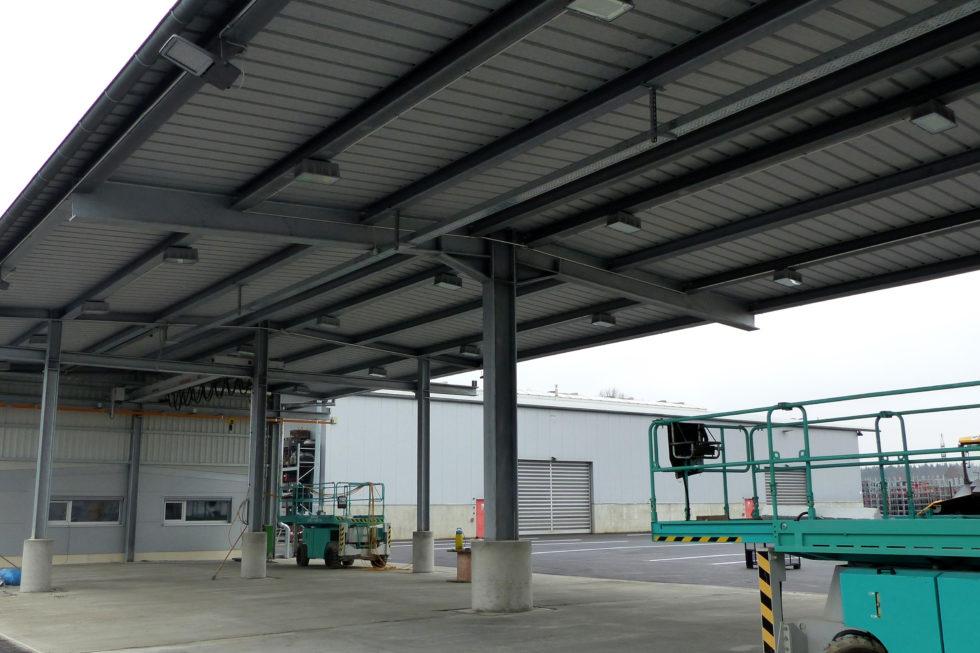 I-Bau-Vorbereitung auf Abnahme-Neubau Wareneingangshalle-Weißenhorn-Stahlbau-Komplettbau-Industriebau
