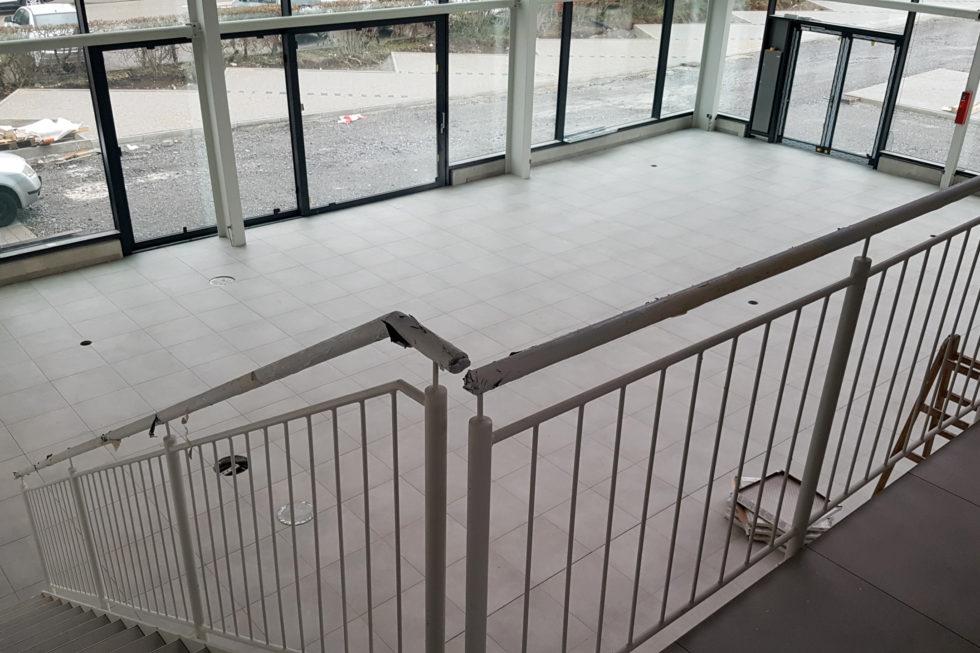 SF-Bau-Endspurt Innenausbau-Neubau Autohaus mit Werkstatt und Ausstellungshalle-Remshalden-Stahlbau-Schlüsselfertigbau