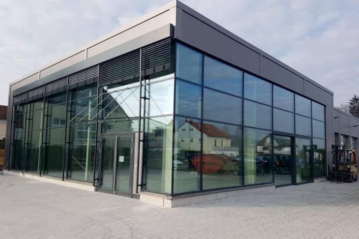 SF-Bau-Autohaus Kästle Neubau Autohaus mit Werkstatt und Ausstellungsraum Remshalden