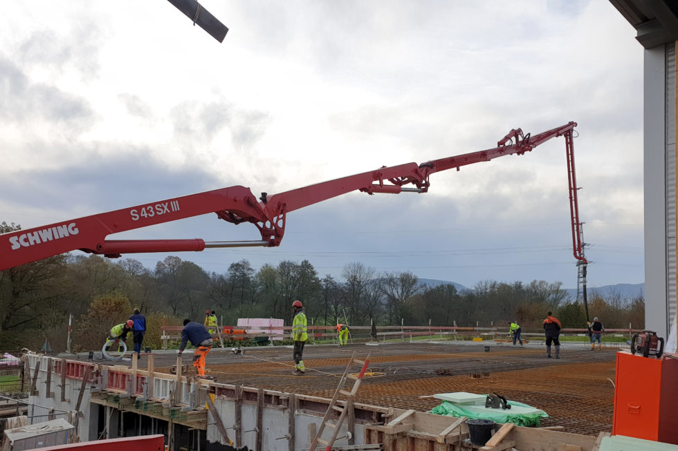 SF-Bau-Decke über Tiefgarage-Erweiterung best. Produktionshalle-Jebenhausen-Stahlbau-Schlüsselfertigbau