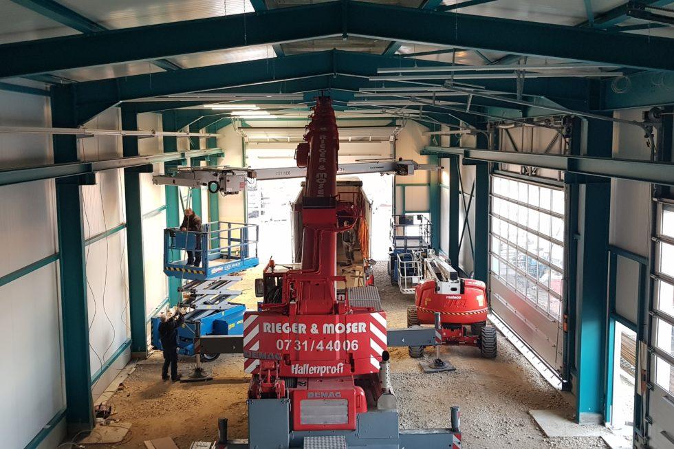 SF-Bau-Kran und Eletroarbeiten-Neubau Lagerhalle-Nellingen-Stahlbau-Schlüsselfertigbau