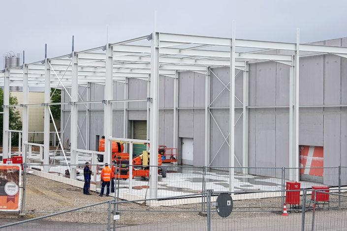 I-Bau-Stellung Stahlkonstruktion-Anbau Logistikhalle-Illertissen-Stahlbau-Industriebau-Komplettbau