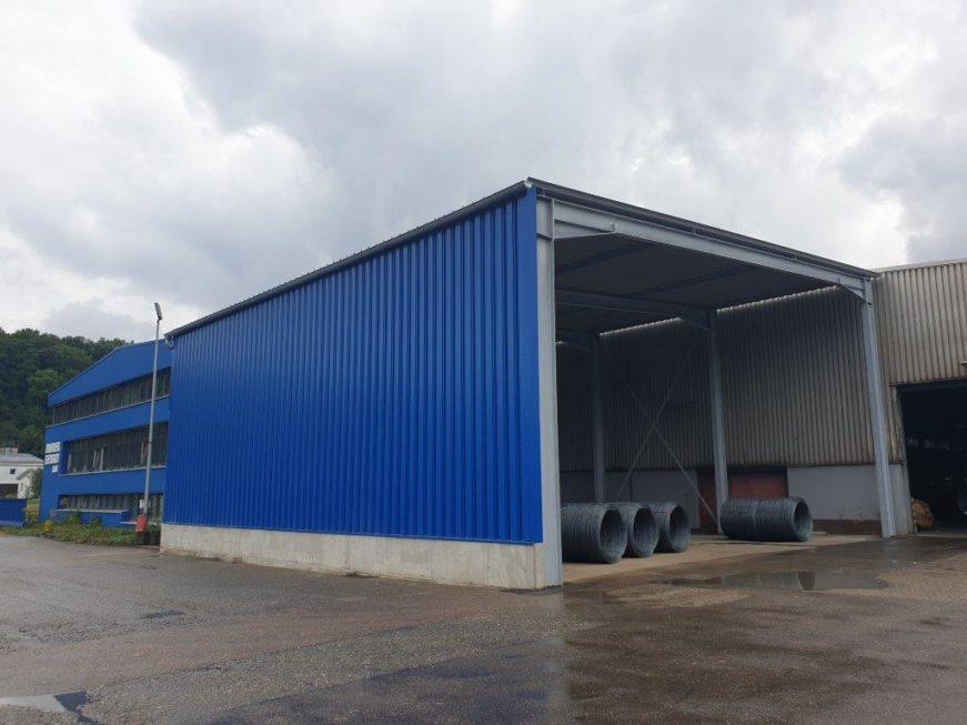 I-Bau-Fassade-Neubau Materiallagerhalle-Ebersbach-Industriebau