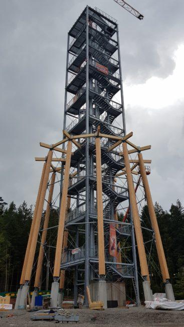 Stahlbau-Befestigungsdetails-Neubau Aussichtsturm-Schömberg-Stahlbau