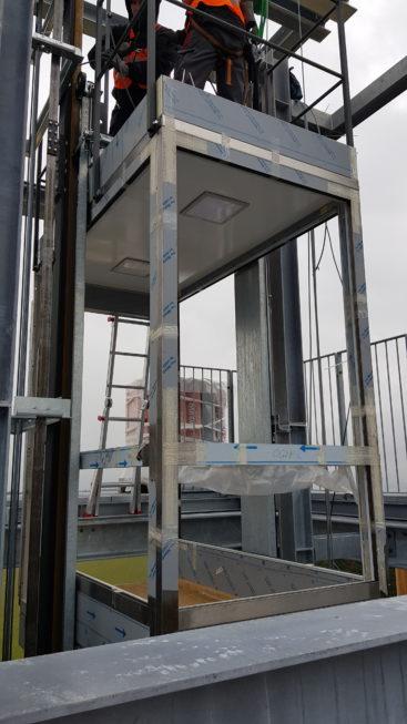 Stahlbau-Aufzugskabine und Maschinenraummontage-Neubau Aussichtsturm-Schömberg-Stahlbau