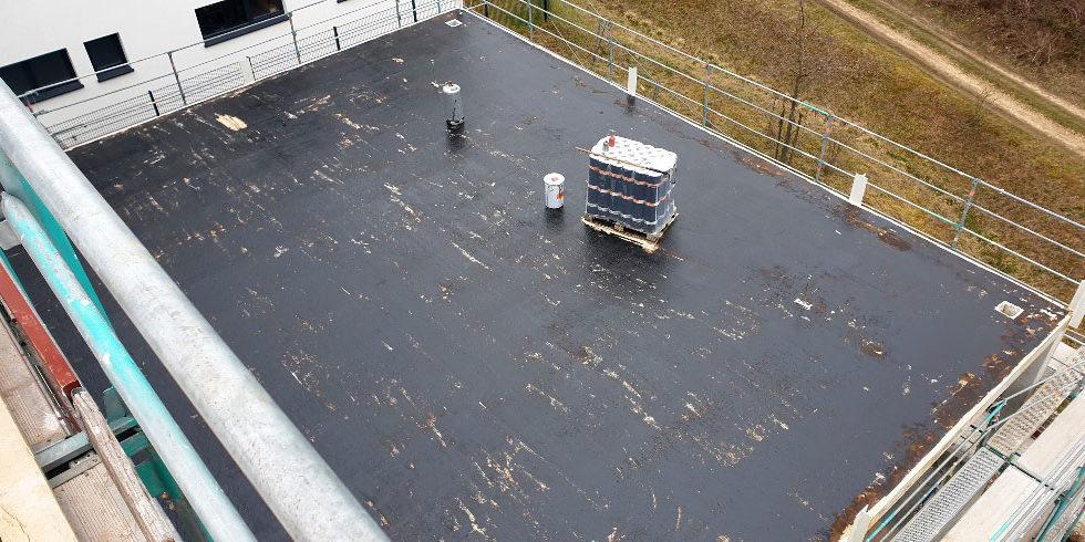 SF-Bau-Fenster-Dachabdichtung-Neubau Betrieb- und Bürogebäude-Rommelshausen-Schlüsselfertigbau
