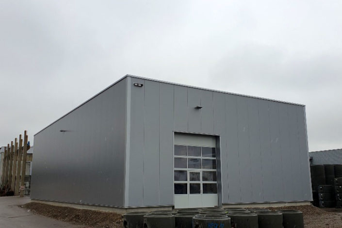 Stahlbau-Außenansicht-Neubau Fräshalle-Grönenbach-Zell
