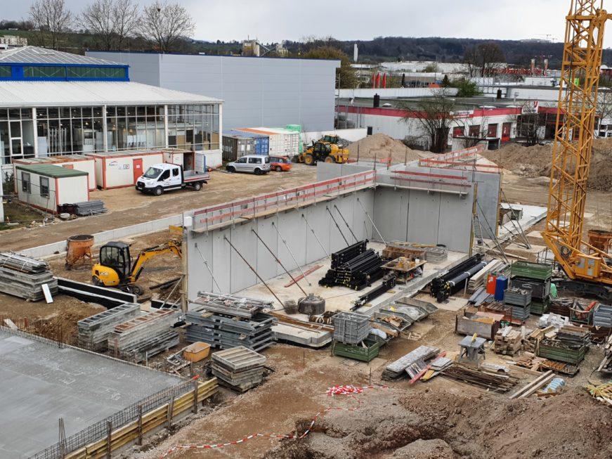 SF-Bau-Halbfertigteilwände betoniert-Neubau Fitness und Werkstatt-Eislingen-Schlüsselfertigbau