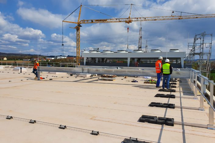 Stahlbau-Bühne für Kühlgerät-Umbau Logistikzentrum-Wiesloch-Stahlbau